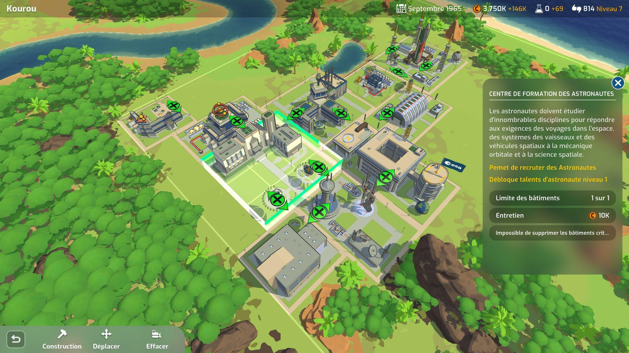 La construction du centre spatial est un petit Tetris dans lequel il faut optimiser le placement des bâtiments pour ramasser différents bonus.