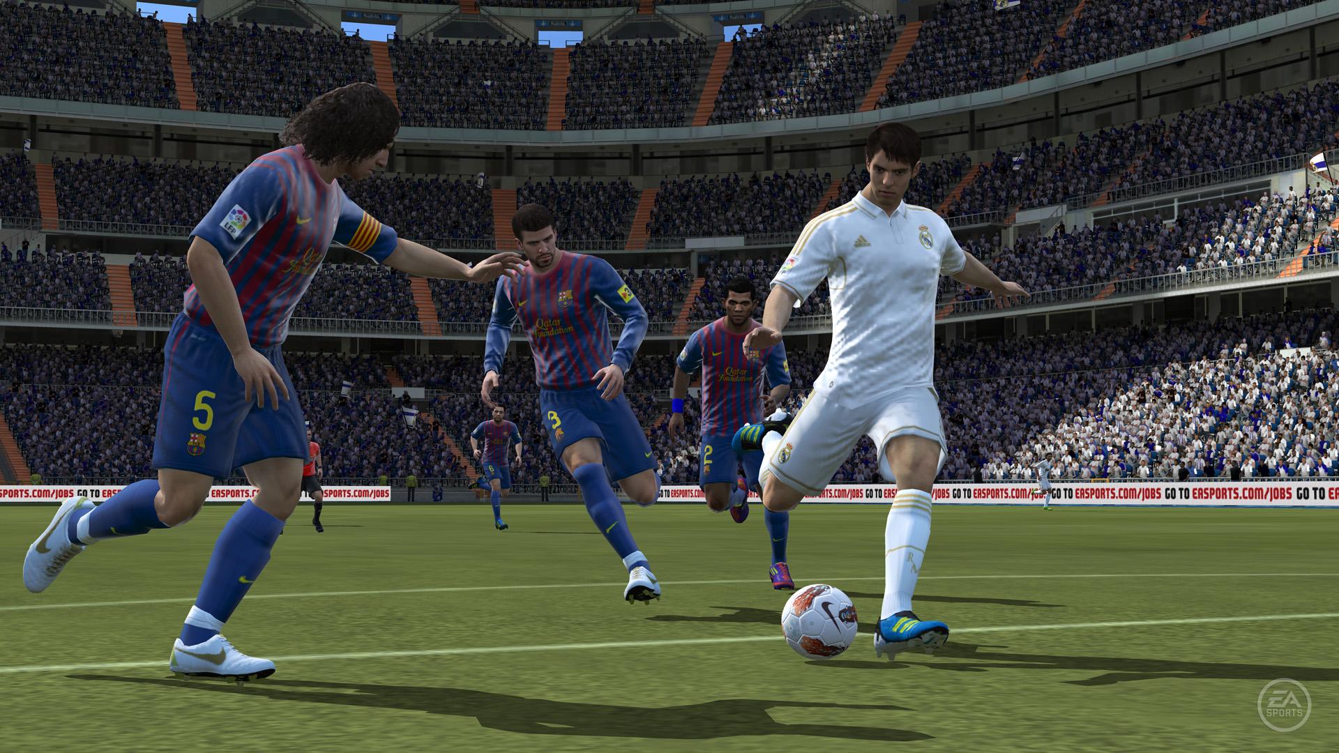 Voilà longtemps qu'Electronic Arts a arrêté d'actualiser FIFA sur Vita, on vous conseille donc de vous tourner vers la dernière version en date.