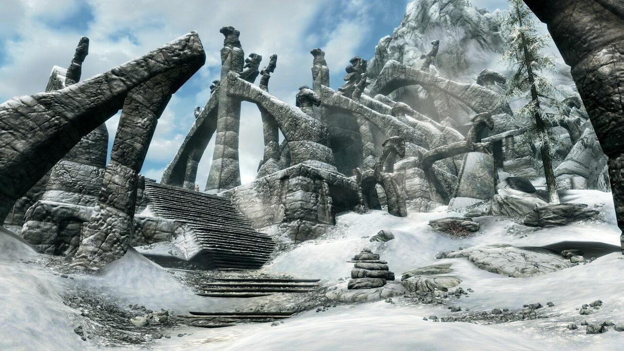Chic, je me caille les meules au milieu de ruines pourries. J'avais vraiment besoin de ça pour me détendre après une journée de boulot. Merci Skyrim.