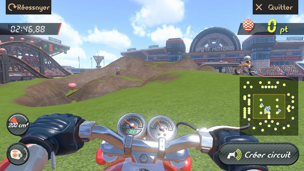 Vous avez toujours rêvé de créer vos propres circuits en scannant un pot de fleur, vos mains ou d'autres parties plus privées de votre anatomie ? C'est possible dans le jeu de moto. Par exemple là vous roulez sur mon oreille (c'est moins impressionnant au niveau du sol, certes).