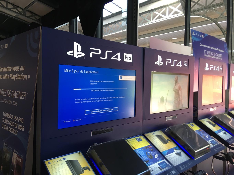 Oublier de mettre à jour sa Playstation 4 avant un salon, c'est quand même pas de pot.
